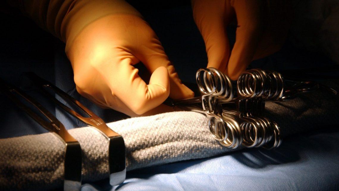 La pénoplastie, est une pratique longtemps chirurgicale?