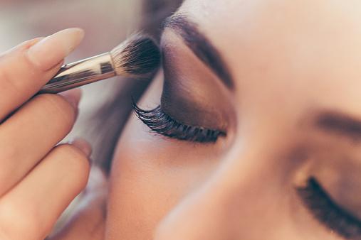 Comment se lancer dans l'art du maquillage à Montpellier ?